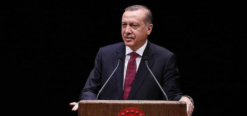 Cumhurbaşkanı Erdoğan: Memur Olmak İnsanı Belli Bir Kalıba Sokuyor