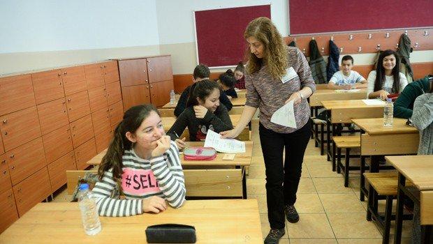 TEOG Mazeret Sınavında İlk Gün Oturumları Tamamlandı