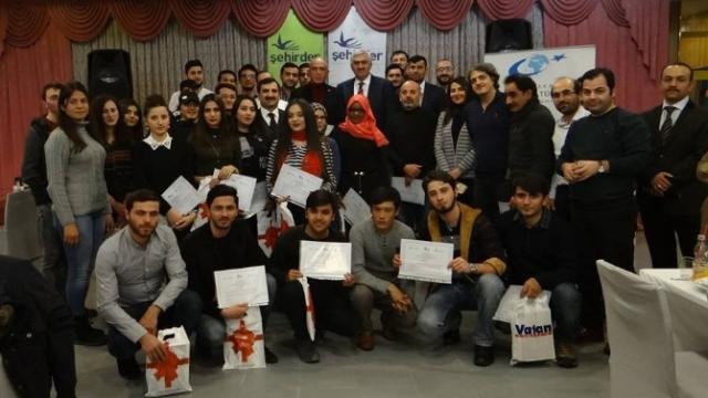 Uluslararası Öğrenciler Sertifikalarını Aldı
